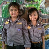 baju polisi anak